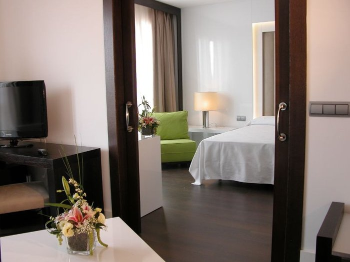 Junior suite hotel beatriz albacete & spa