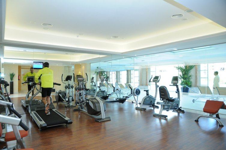 Fitness center hotel beatriz toledo auditorium & spa