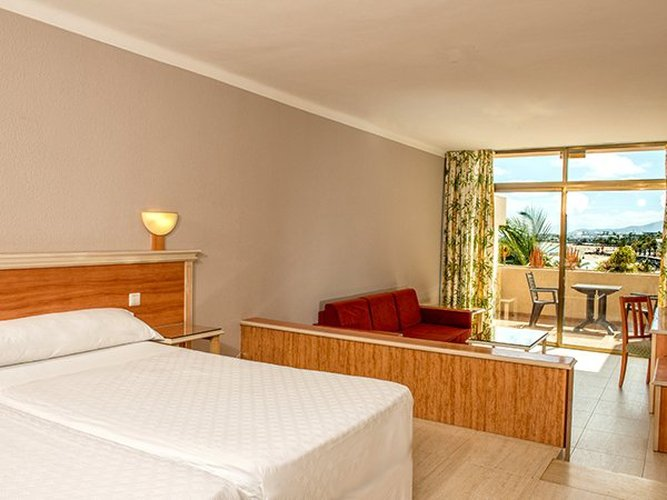 Standard double room with sea view hotel beatriz playa & spa lanzarote