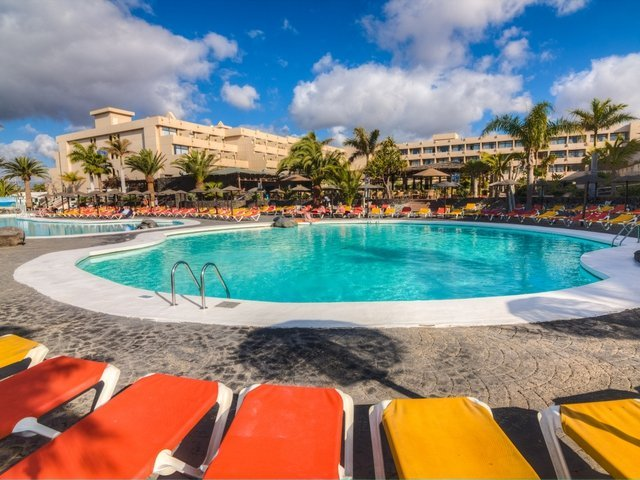 Outdoor swimming pools hotel beatriz playa & spa lanzarote