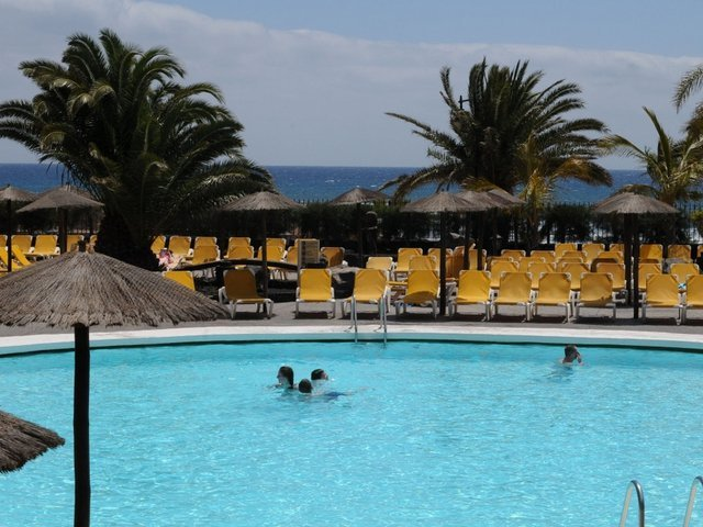 Terrace solarium hotel beatriz playa & spa lanzarote