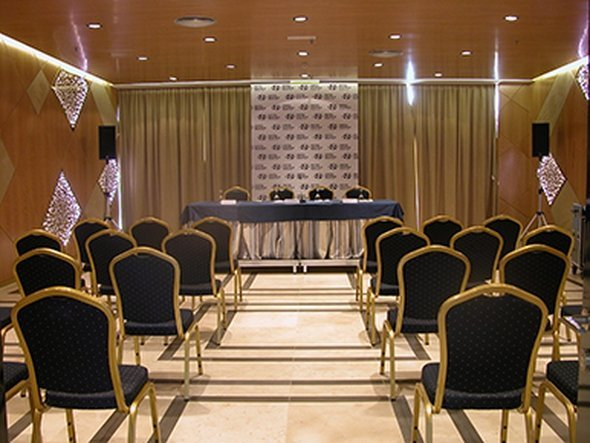 9 meeting rooms hotel beatriz albacete & spa